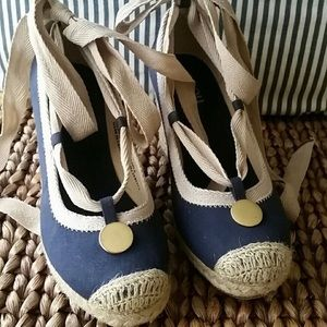 Shoes - Blue wedge pumps size 7.5